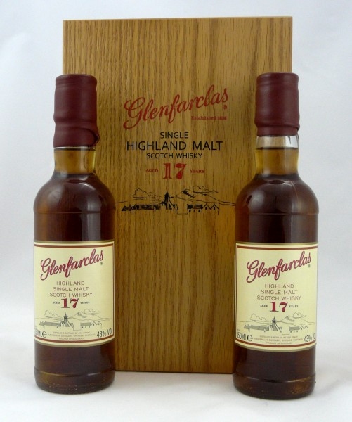Glenfarclas 17 years 2x35cl Taiwan Import Woodenbox