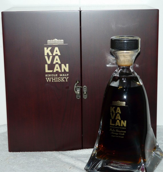 Kavalan PX Sherry Cask Crystal Decanter und edle Holzschatulle 950ml