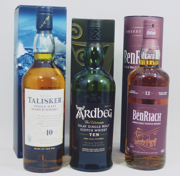 Single Malt Whisky - 3-Regionen-Konvolut (9) - Ardbeg 10Y, Talisker 10Y, Benriach 12Y Sherry Wood