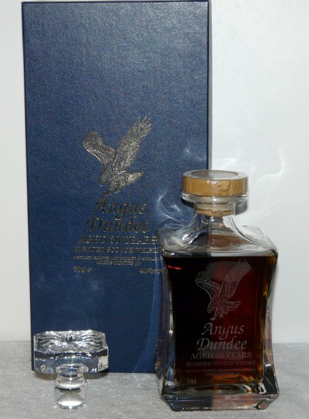 Angus Dundee aged 30 Years crystal decanter